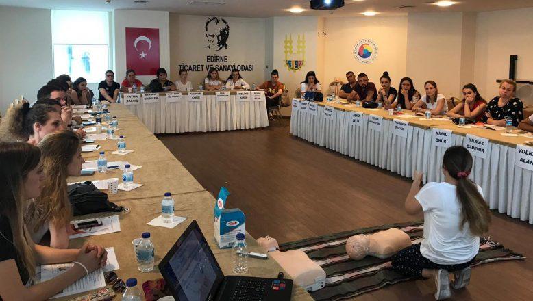Haziran'da 30 kişiye ilk yardım eğitimi