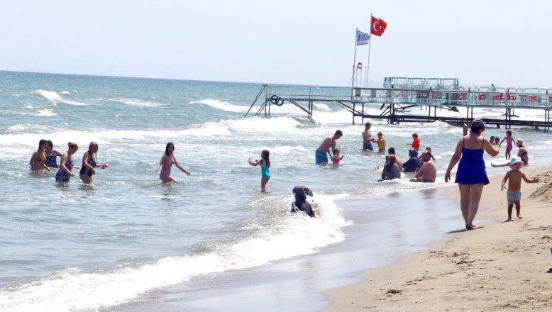 Mavi bayraklı plajlarda yoğunluk