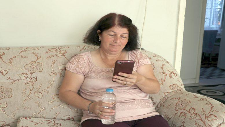 Cep telefonu yerine şişe ve çay çıktı