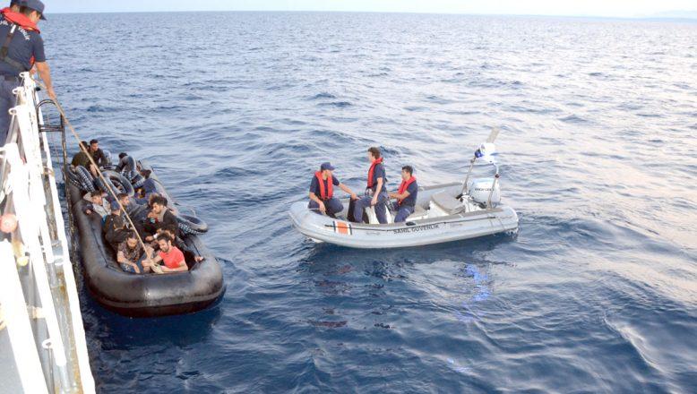 Lastik botta 36 göçmen