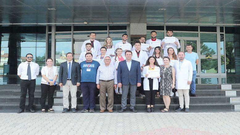 Tetovalı öğrenciler sertifikalarını aldı