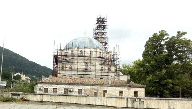 Balkanların en büyük cami eski ihtişamına kavuştu
