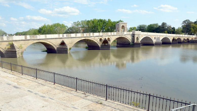 Tunca Nehri temizlendi