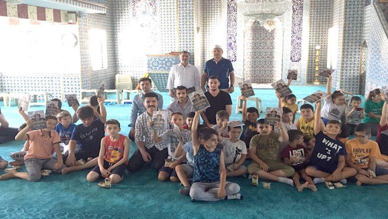 Kur'an kursu öğrencilerini ziyaret ettiler