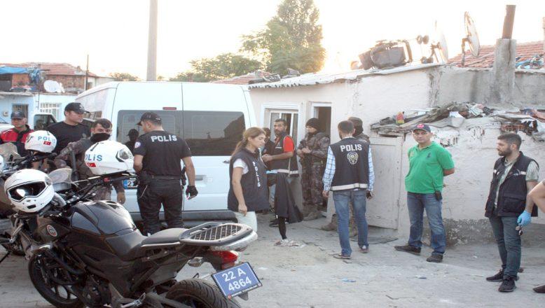 Polisten uyuşturucu operasyonu