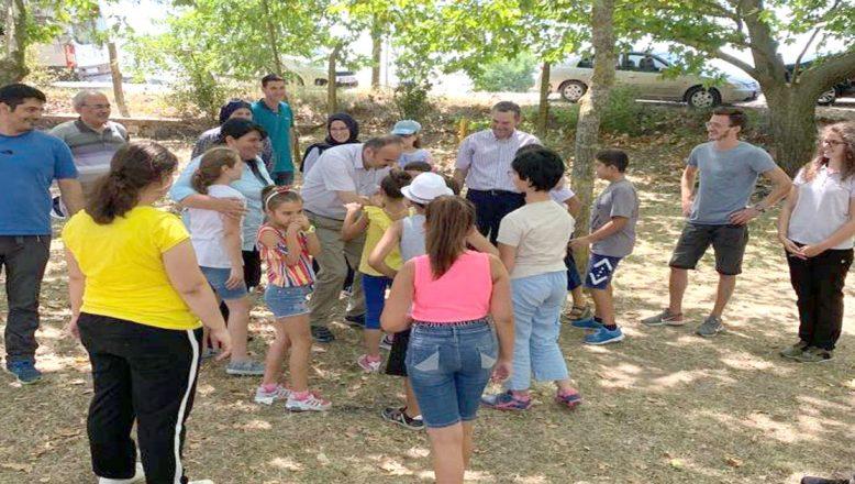 Vali Canalp, çocuklarla piknikte buluştu