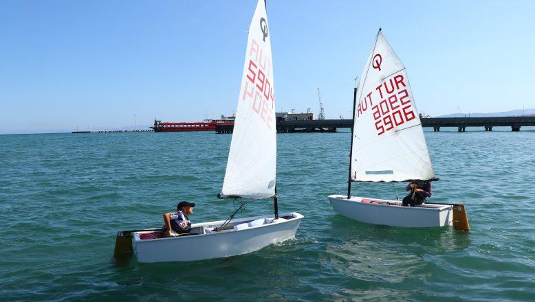 Yelken yaz okulu eğitimleri devam ediyor
