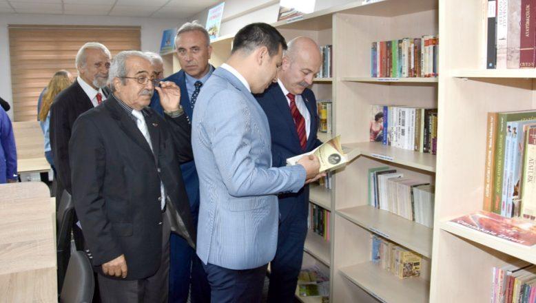 Hayrabolu'da bağışçıların desteğiyle kütüphane açıldı