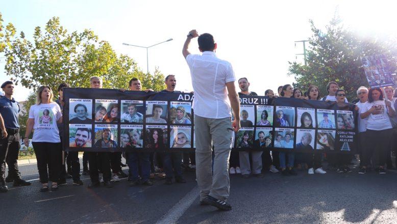 Çorlu'daki tren kazası davası yeniden başladı