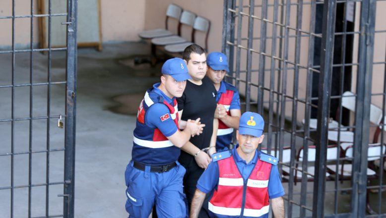 Yunan askerlerine 'askeri casusluk' suçlamasından takipsizlik
