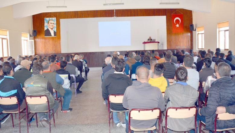 Beşir'den cezaevinde konferans