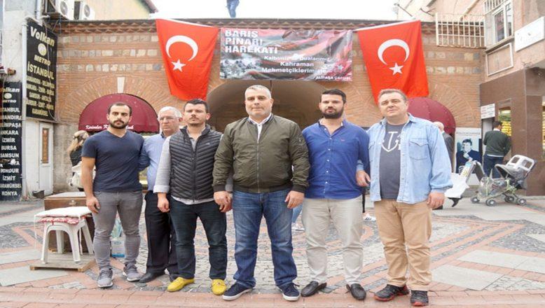 Çarşı esnafı Mehmetçiğin yanında
