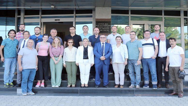 Makedon öğretmenler eğitimlerini tamamladı