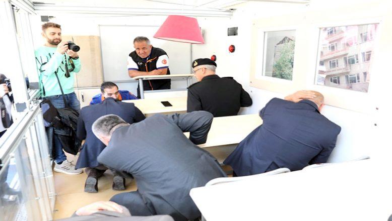Kırklareli'nde simülasyon TIR'ında deprem eğitimi