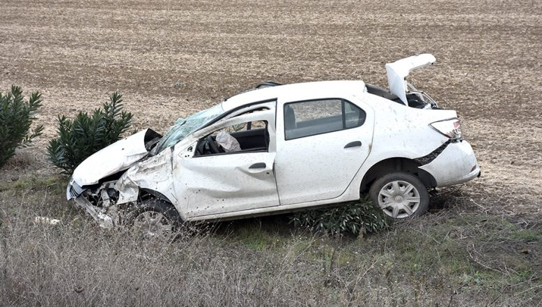 Tekirdağ'da otomobil devrildi: 3 yaralı