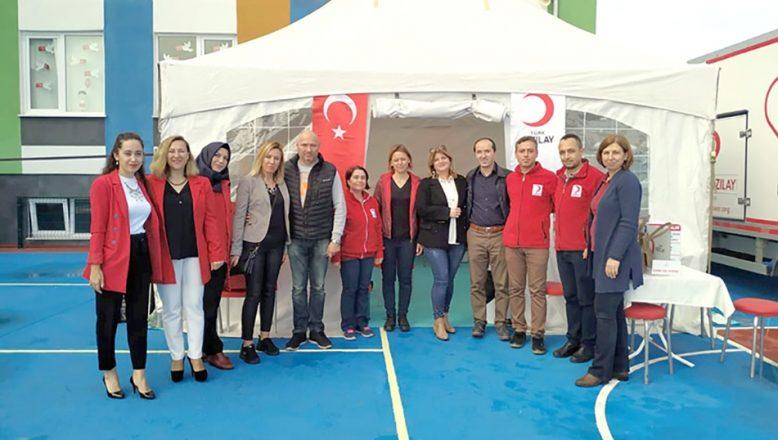 Filiz Okulları'ndan Kızılay'a kan bağışı