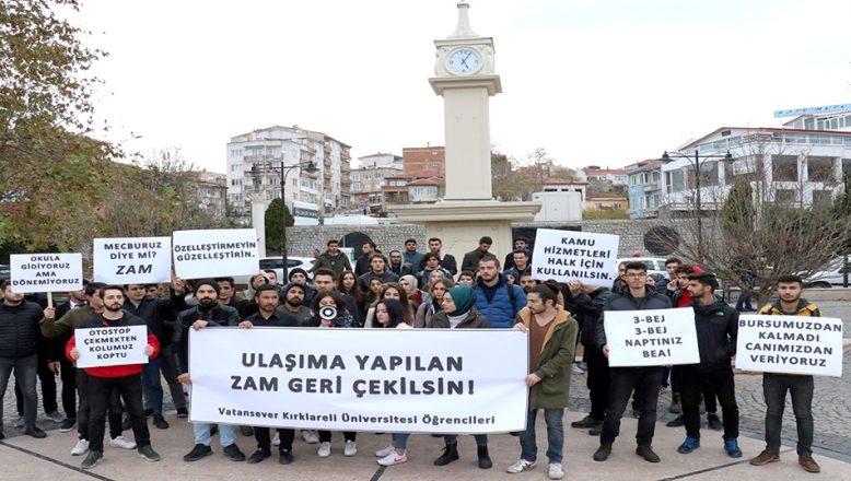 Kırklareli'nde üniversite öğrencileri ulaşım zammına tepki gösterdi