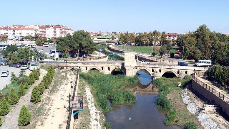 Osmanlı'nın Kırklareli'ndeki köprüleri asırlara meydan okuyor