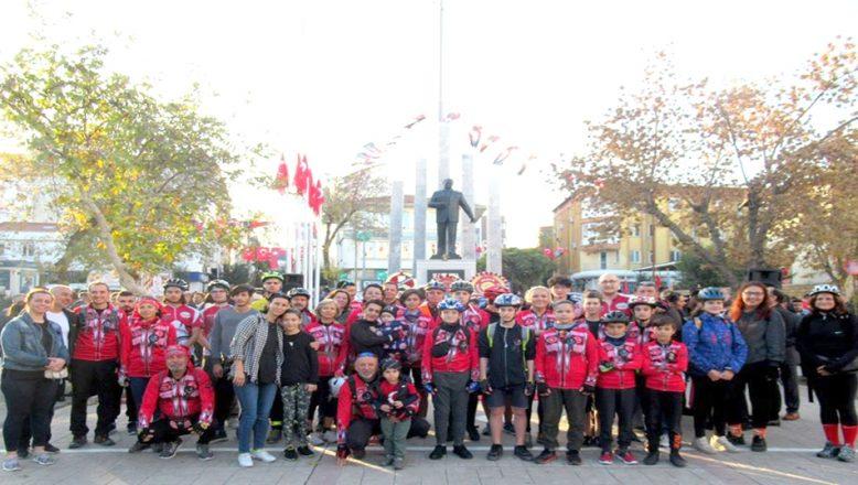 Ata'ya Saygı Bisiklet Turu gerçekleştirdiler