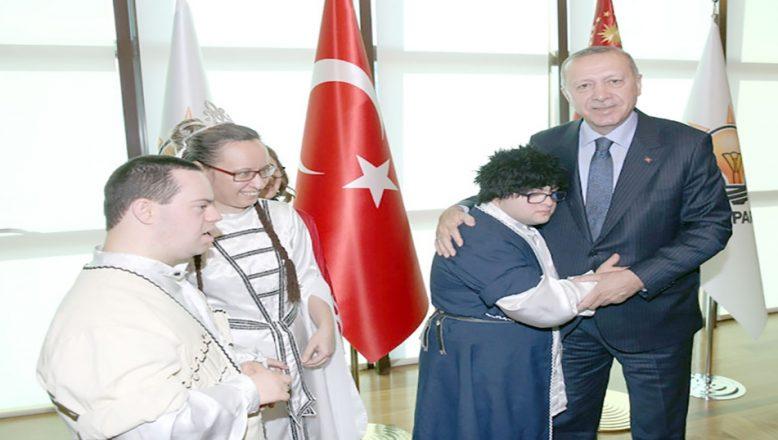 Cumhurbaşkanı Erdoğan'ı ziyaret ettiler