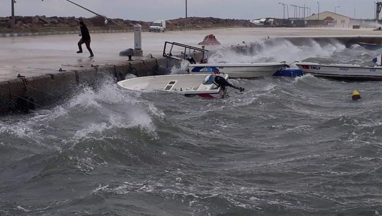 Enez Limanı'nda fırtına tehlikesi