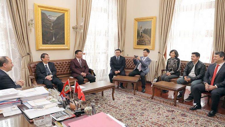 Başkan Gürkan, Çinli heyeti ağırladı