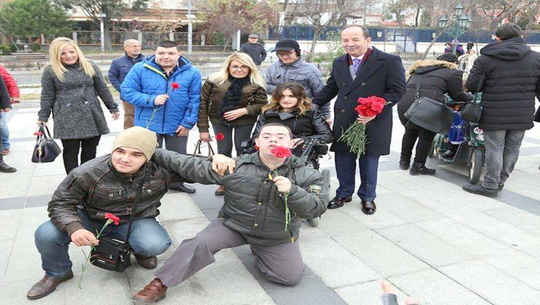 """Başkan Gürkan, """"En büyük engel sevgisizlik"""""""