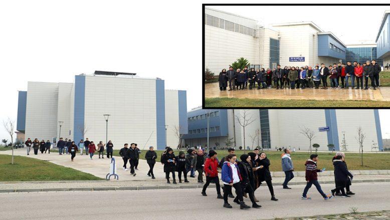 Lise öğrencileri, KLÜ'yü gezdi