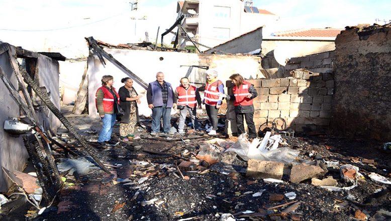 Yangın mağduru ailelere yardım yapıldı