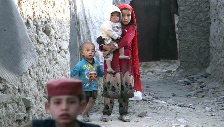 Afganistan'da günde 9 çocuk öldü veya sakat kaldı