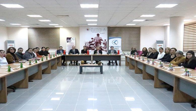 Kadın girişimcilere ihracat eğitimi