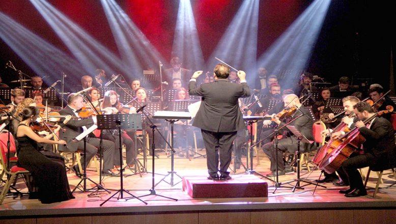 """Arnavutluk'taki depremzedelere """"senfonik"""" destek"""
