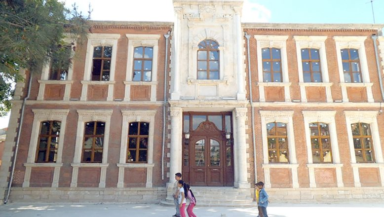 Tarihi bina Roman Kültür Merkezi olsun