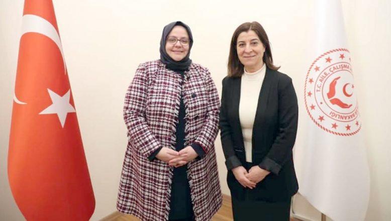 Milletvekili Aksal'dan Bakan Selçuk'a ziyaret