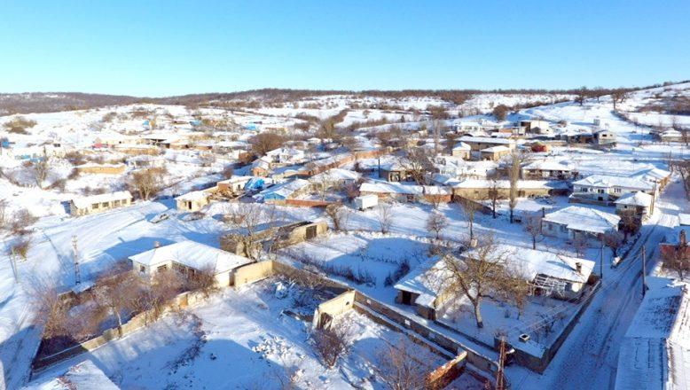 Balkan köylerinde kar kalınlığı 10 santimetreyi buldu