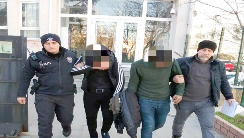 Çeşitli suçlardan aranmaları bulunan 2 kişi yakalandı