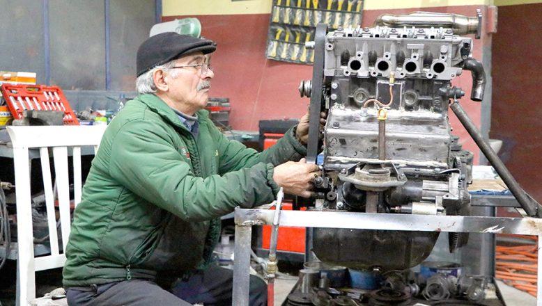 Tekirdağlı ustanın tasarladığı motor incelendi