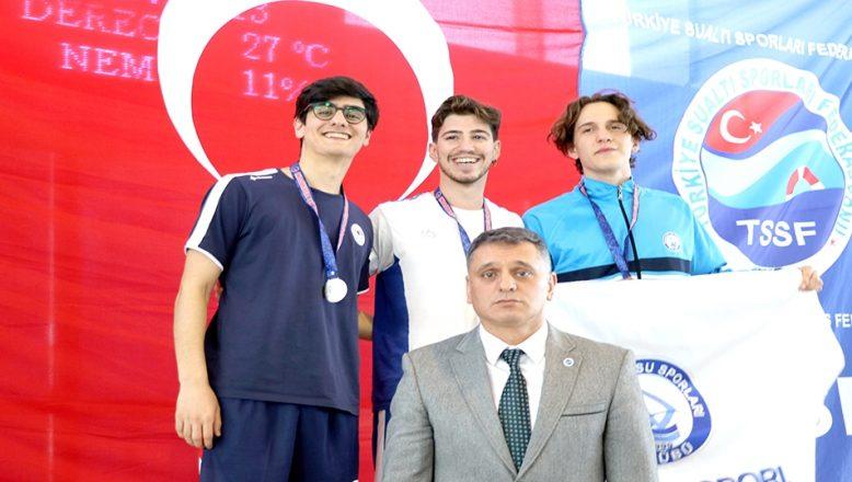 Paletli Yüzme Şampiyonası'nda 3 Türkiye rekoru kırıldı