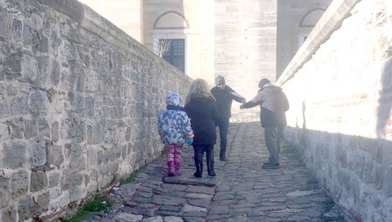 Selimiye'de ziyaretçileri bıktırıyorlar