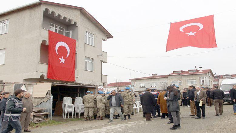 İdlib'de şehit olan 3 askerin Tekirdağ'daki ailelerine acı haber verildi