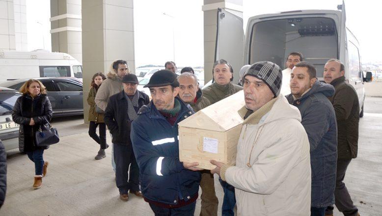 Uçak kazasında hayatını kaybeden Koçar'ın cenazesi memleketi Tekirdağ'a getirildi