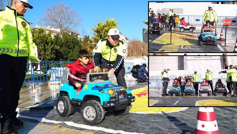 Mobil Trafik Eğitim TIR'ı geldi
