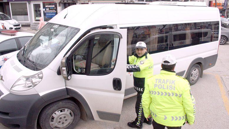 Öğrenci servisi şoförü  ikinci kez alkollü yakalandı