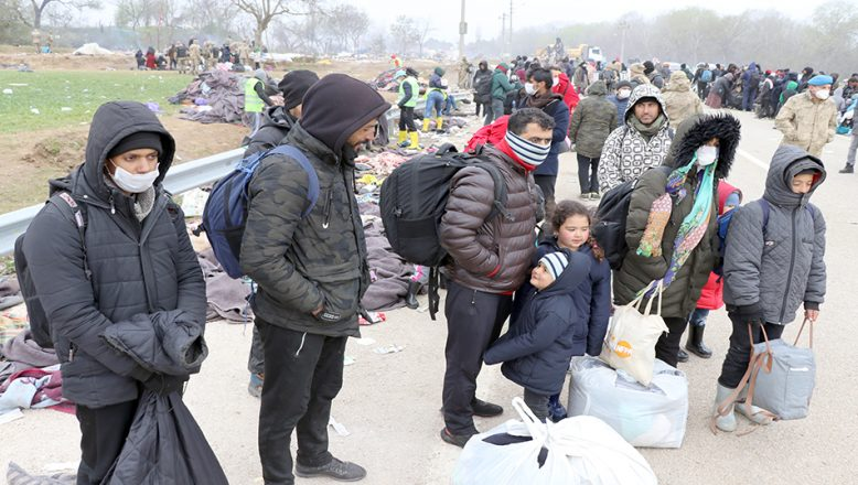 Sığınmacılar Pazarkule'den ayrıldı