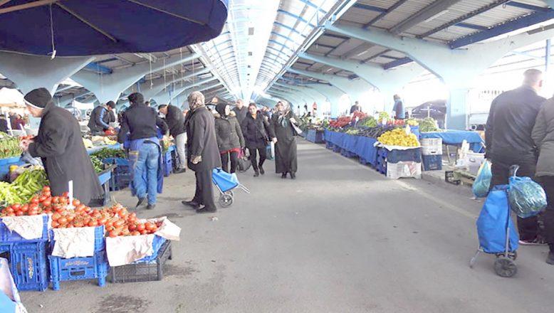 Sebze ve meyve pazarları açık