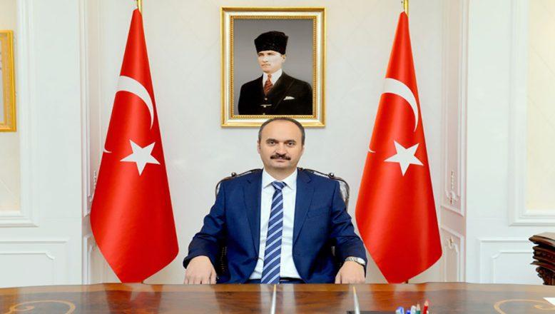 Vali Canalp, Türk Polis Teşkilatını kutladı
