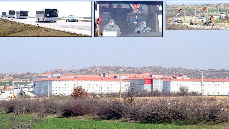 Yurt dışından gelen yolcular, öğrenci yurtlarına yerleştirildi