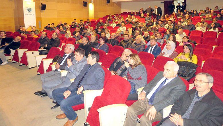 Bulgaristan'da Türk Varlığı ve Göçleri konferansı