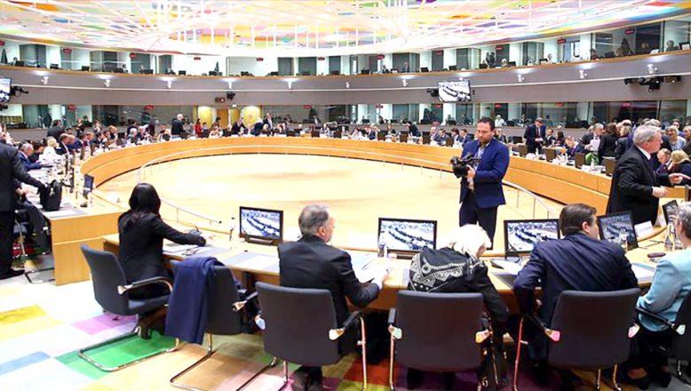 AB, sığınmacı krizine karşı dış sınırlarını koruma konusunda kararlı olduğunu açıkladı