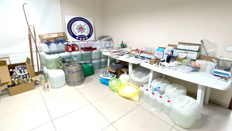 Kaçak etil alkol ve dezenfektan üretenler yakalandı